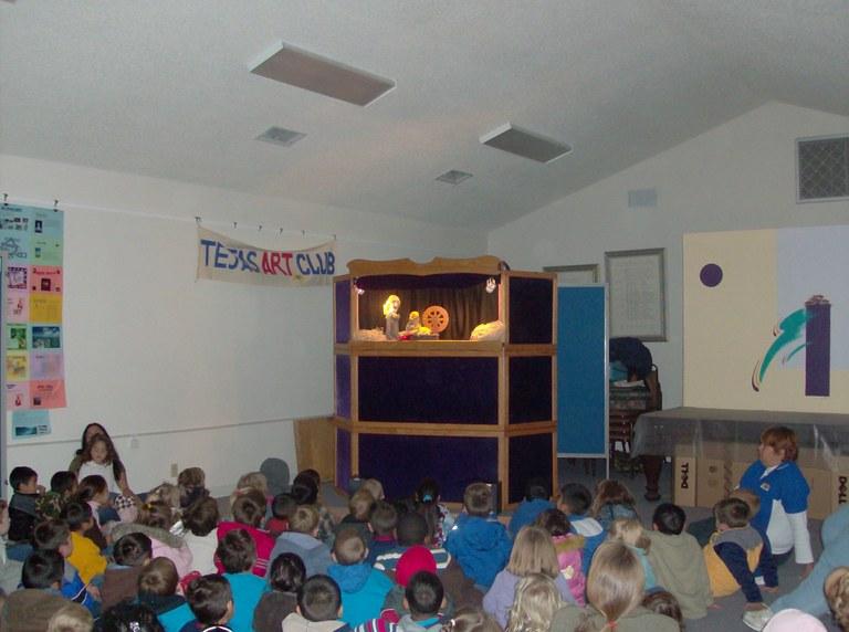 Puppet Show_2